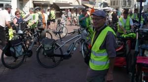 La place des Bancs au départ, il y a vélo !!