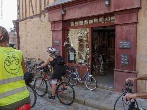 Arrêt furtif devant le premier vélociste adhérent de Limoges